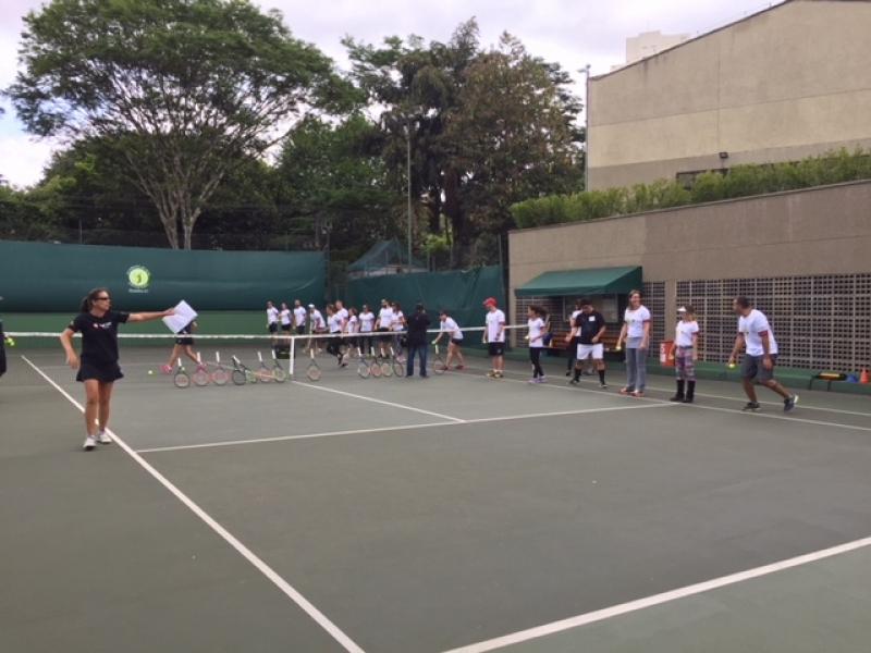 Aulas de Tênis em Quadra Itaim Bibi - Aula de Tênis Infantil