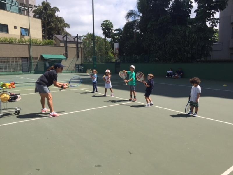 Aulas de Tênis Infantil Vila Matilde - Aula de Tênis para Iniciantes