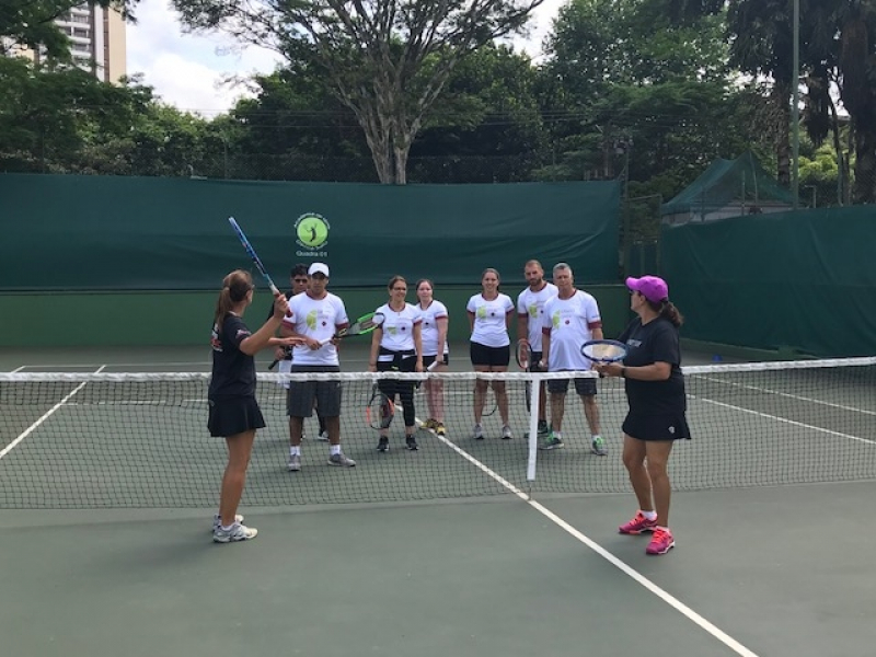 Onde Encontro Aula de Tênis com Professor Jardim das Acácias - Aula de Tênis Intermediário