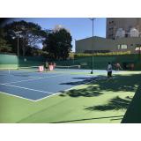 Academia com Aulas de Tênis